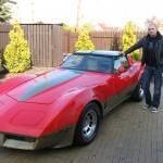 Radosław Leśniewski i Chevrolet Corvette C3. Foto: Krystian Tomala