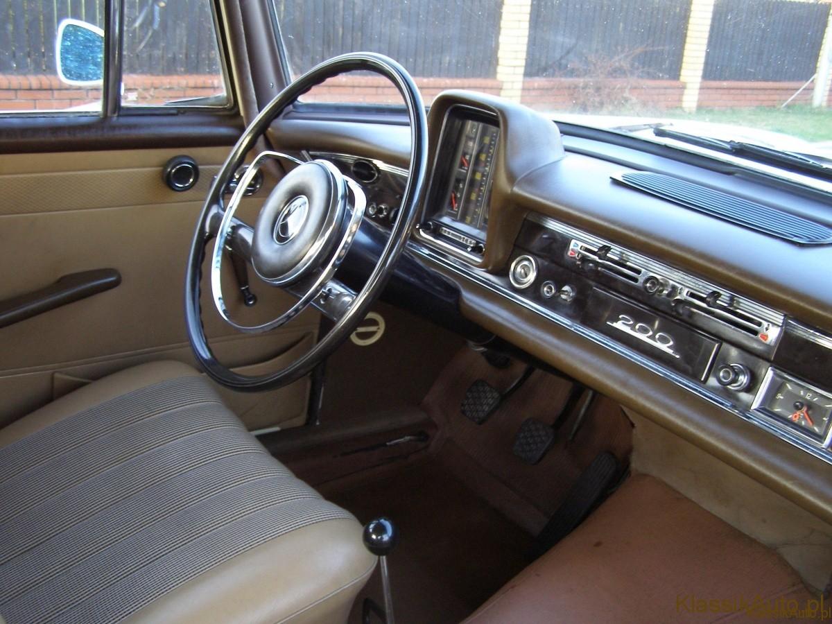 Mercedes Benz W110 Zabytkowy Skrzydlak