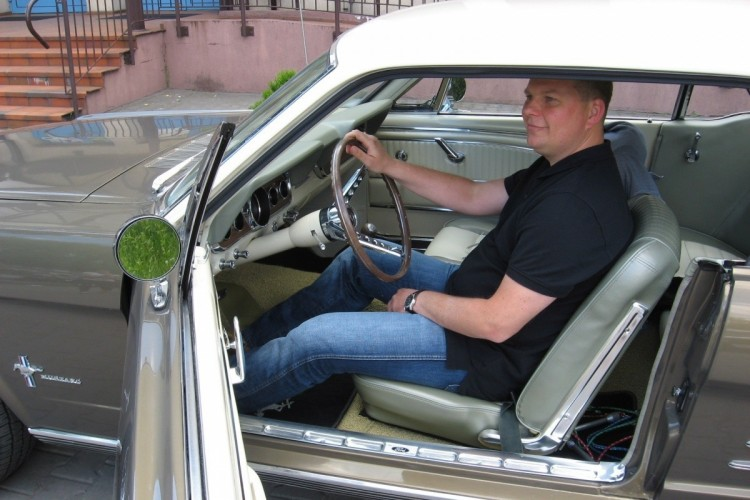 Ford Mustang (17)