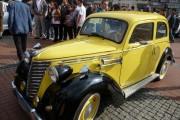 Zlot starych aut w Bytomiu (18)