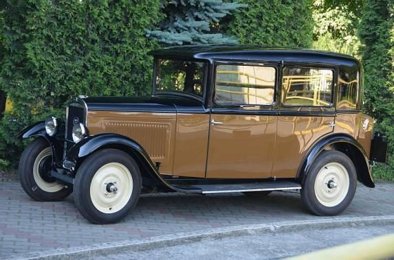 Peugeot_201_02