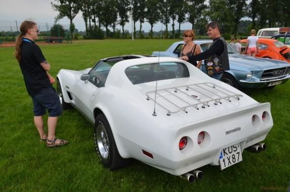 Chevrolet Corvette (10)