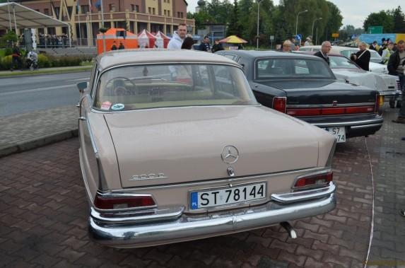 Mercedes w110 (12)