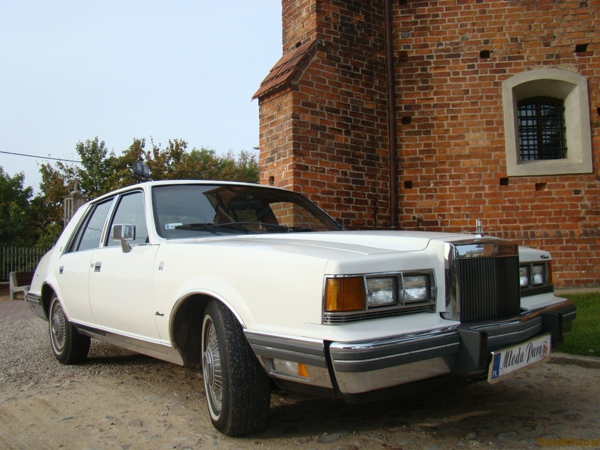 Lincoln Continental Givenchy (5)
