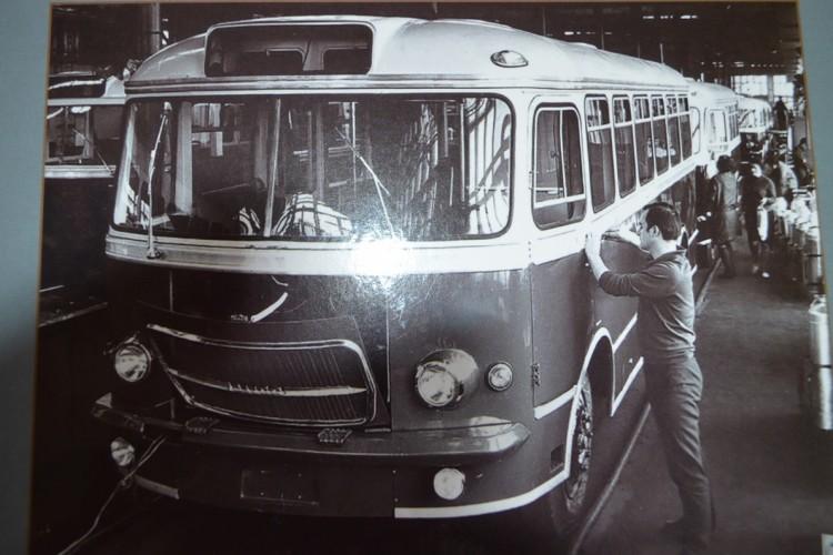 """""""Autobusy z Sanoka 1950-2013"""", M. Kuc, WKŁ, 2015"""