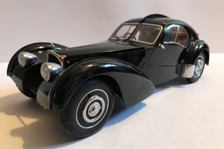 Sprzedam. Model Bugatti 57 SC Atlantic