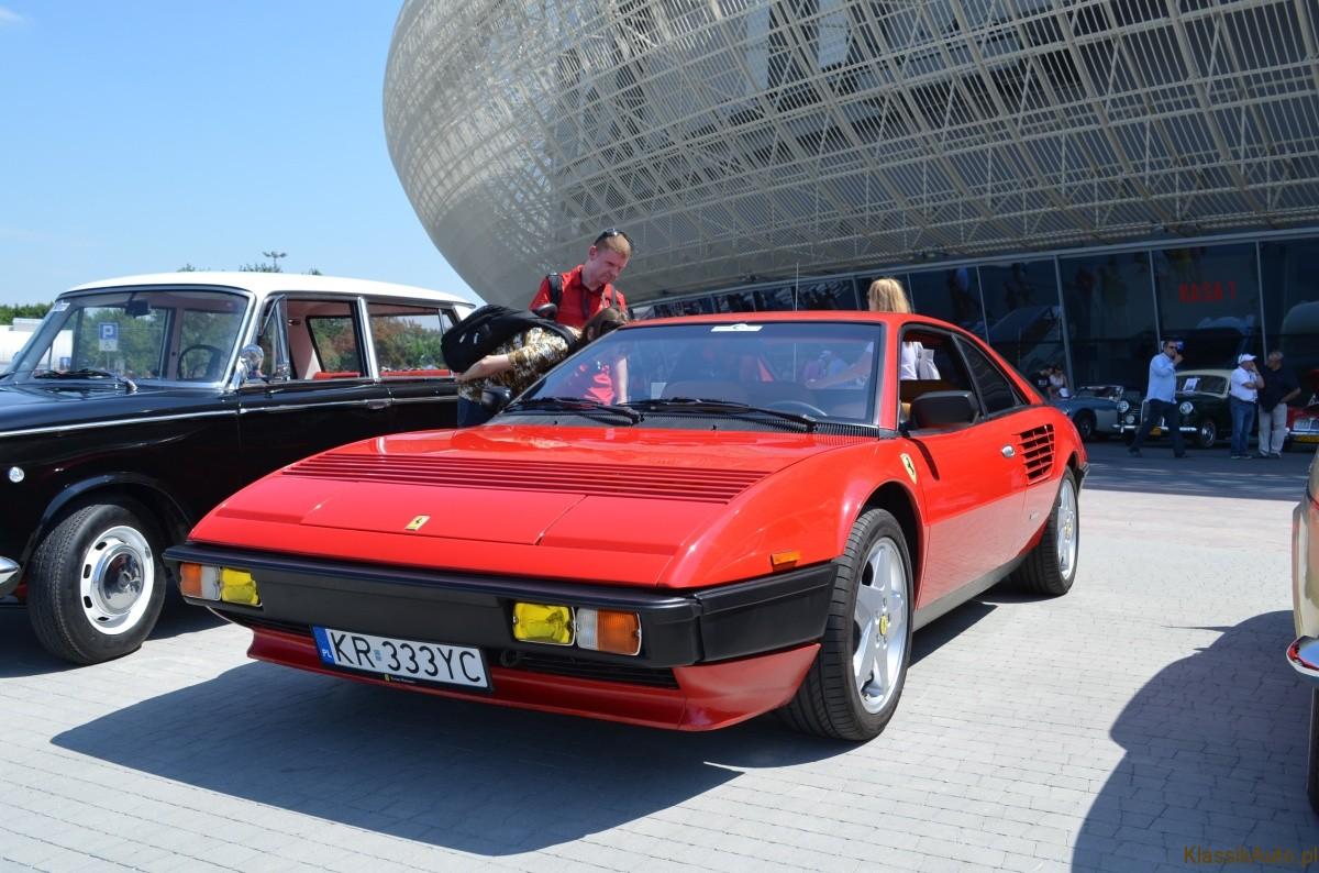 Pininfarina rzeźbi te nadwozia: Ferrari Mondial