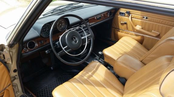 Mercedes c114 (4)