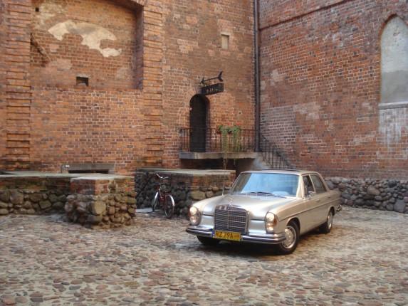 Mercedes w108 (3)