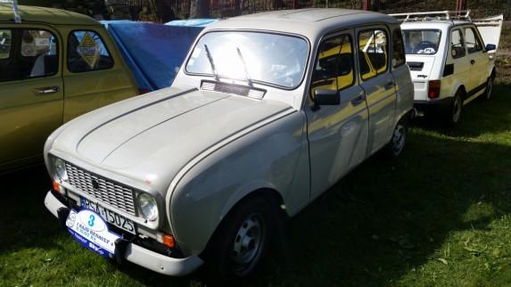 Zlot Renault 4 (19)