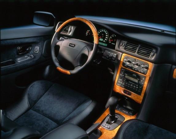 199399_volvo_c70_coup_interior-1250x988