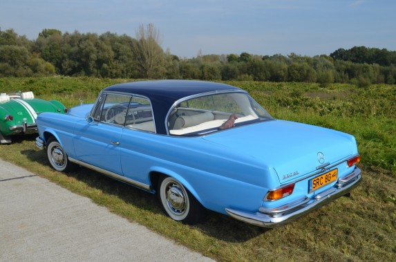 mercedes-w111-coupe-11