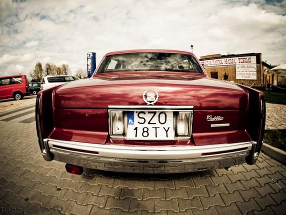Cadillac DeVille (1)