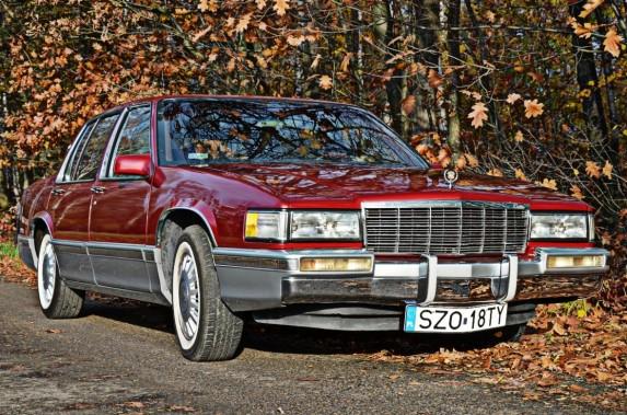 Cadillac DeVille (11)