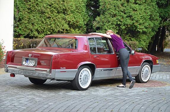 Cadillac DeVille (2)