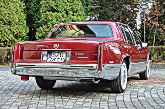 Cadillac DeVille (3)