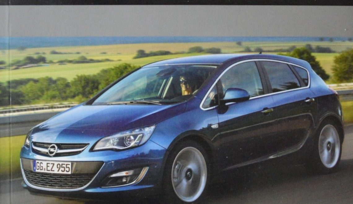 """Opel Astra IV – od 2009 i Zafira III – od 2012"", H. R. Etzold, WKŁ, 2013"