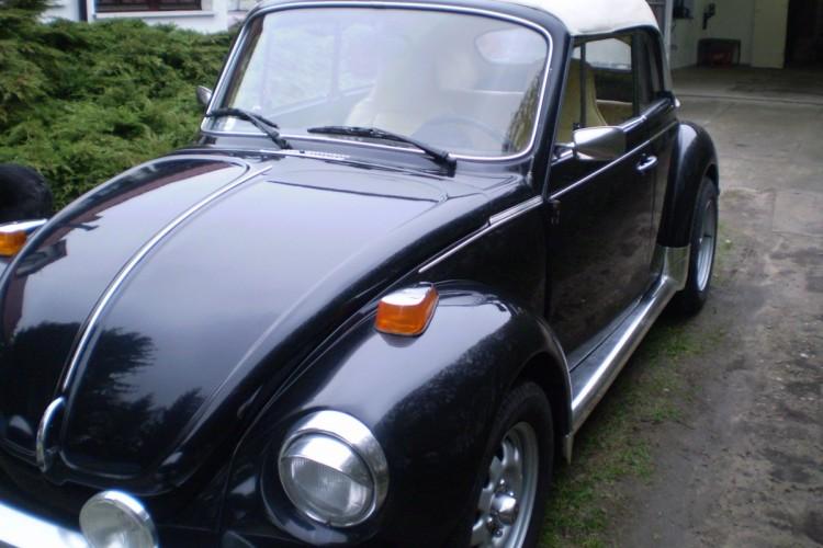 Volkswagen Garbus 1303LS Cabrio (4)