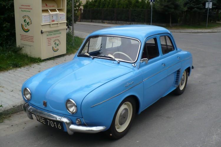 Renault Dauphine – francuski łącznik