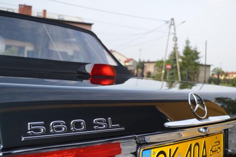 Sprzedam. Emblematy do Mercedes-Benz