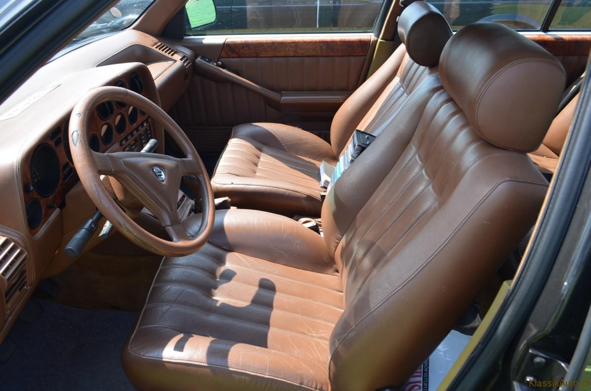 Lancia Thema (4)