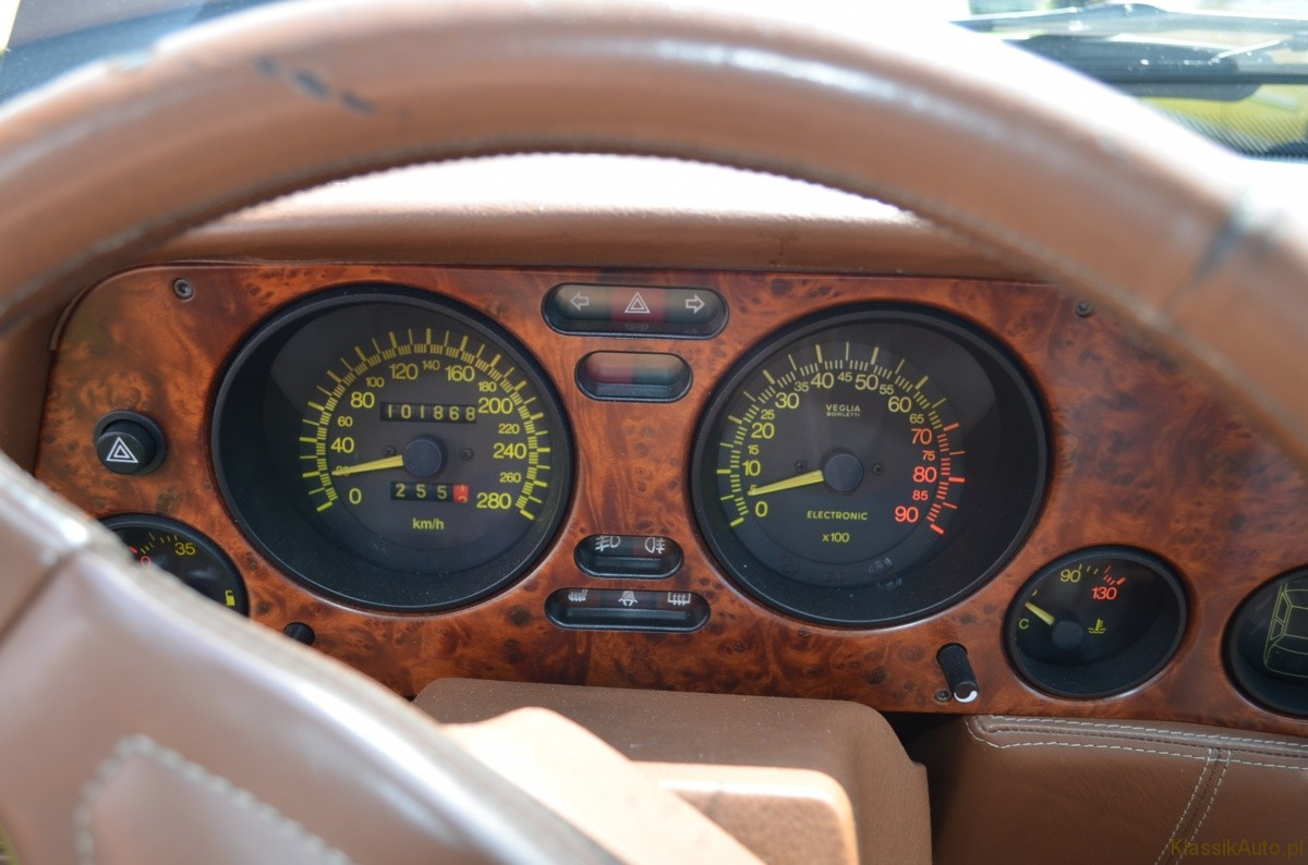 Lancia Thema (5)