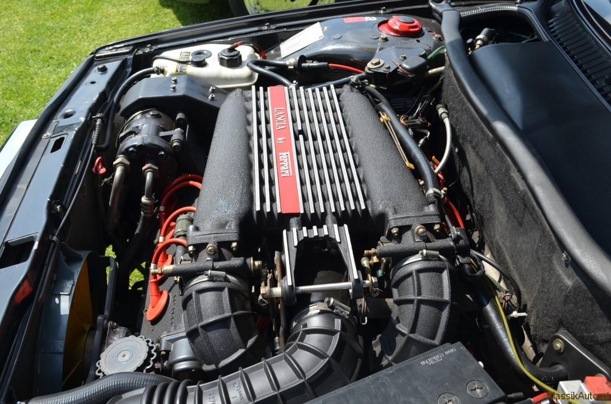 Lancia Thema (8)