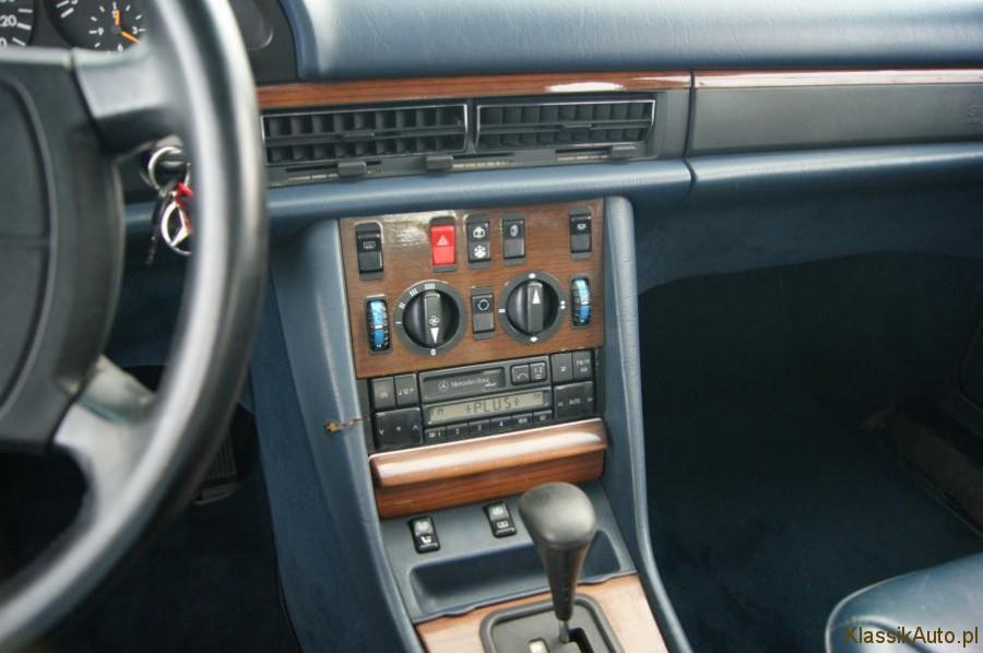 10_Mercedes-S-klasa-W126-500-SE-zabytkowy-klasyk-1989r-kolekcjonerski-pelna-opcja_900x700