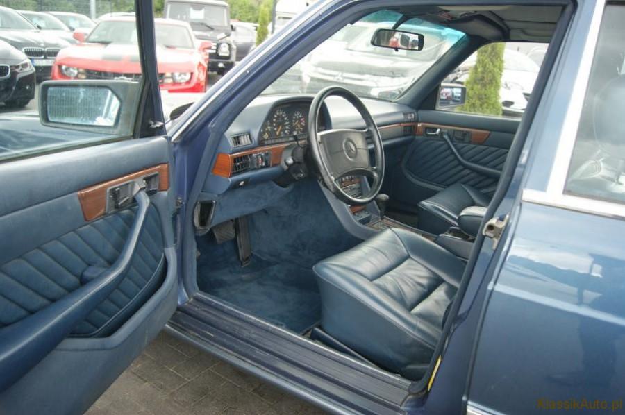 6_Mercedes-S-klasa-W126-500-SE-zabytkowy-klasyk-1989r-kolekcjonerski-pelna-opcja_900x700