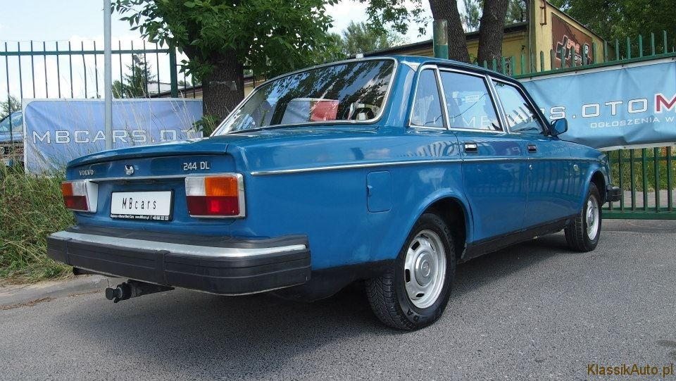 Volvo 244 (10)