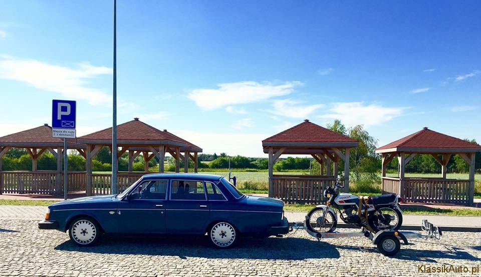 Volvo 244 (14)
