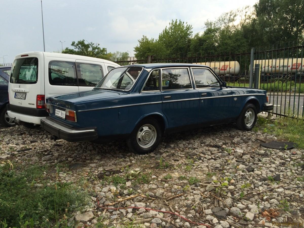 Volvo 244 (3)