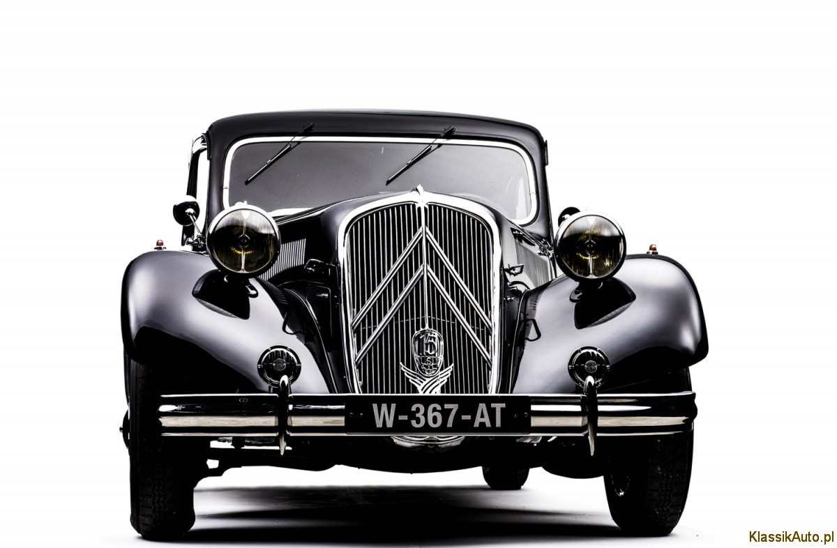 CL 16.108.685_Traction_Avant_1934