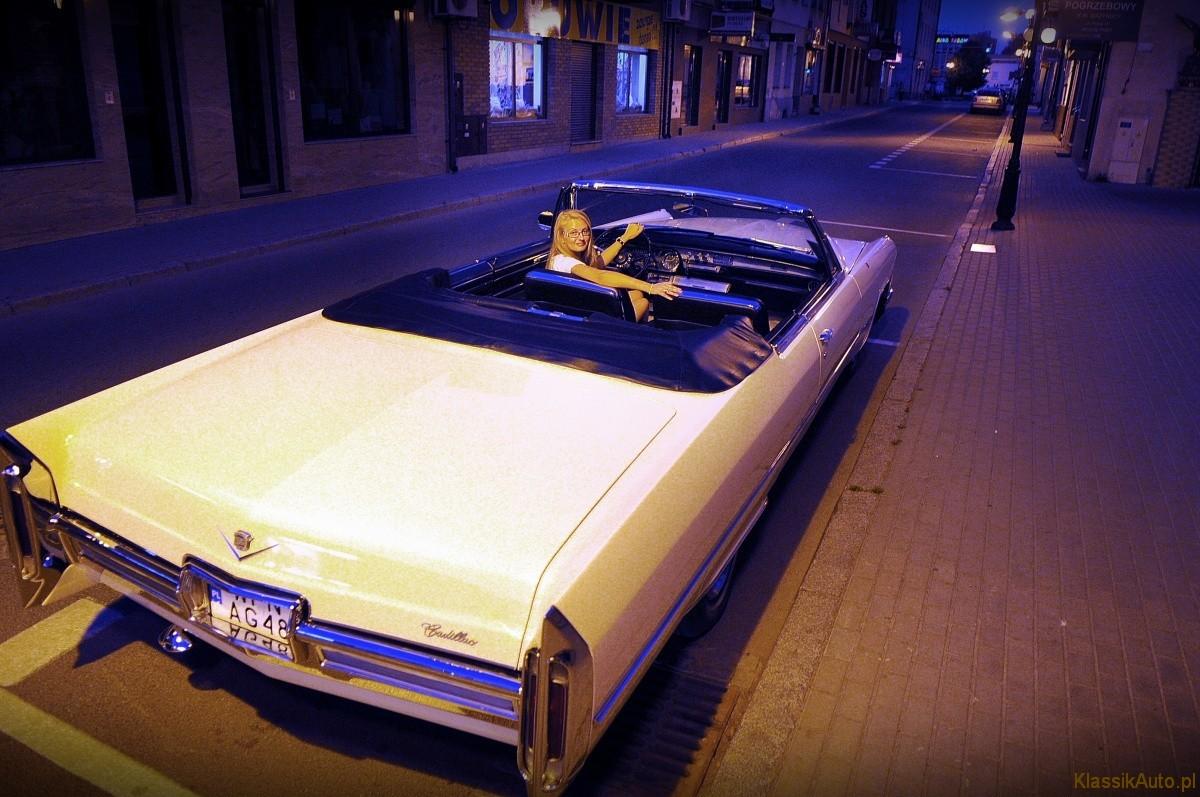 Kobiecy styl Cadillac (5)
