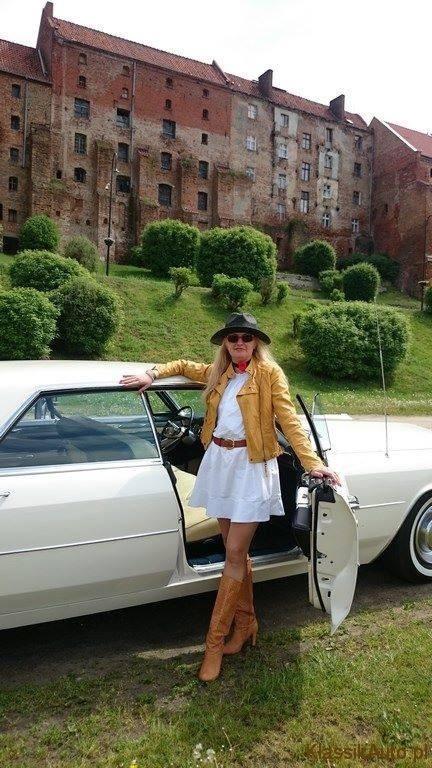 Women Cadillac (12)