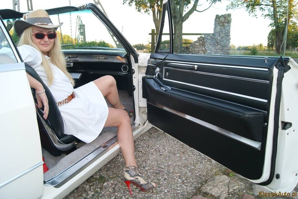Women Cadillac (14)