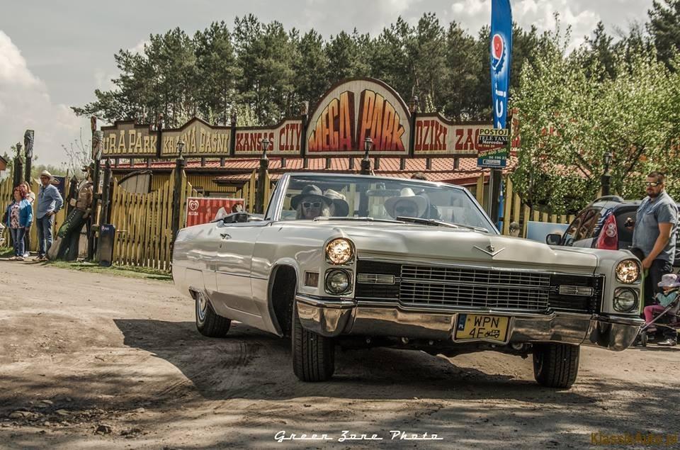 Women Cadillac (17)