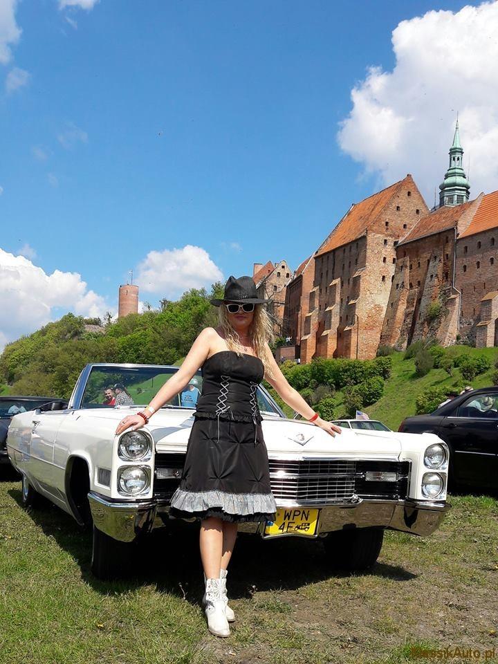 Women Cadillac (19)