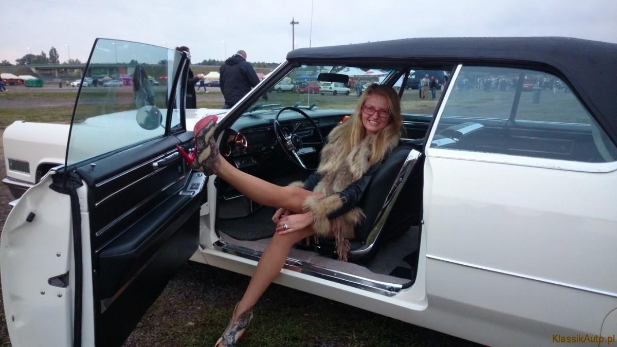 Women Cadillac (2)