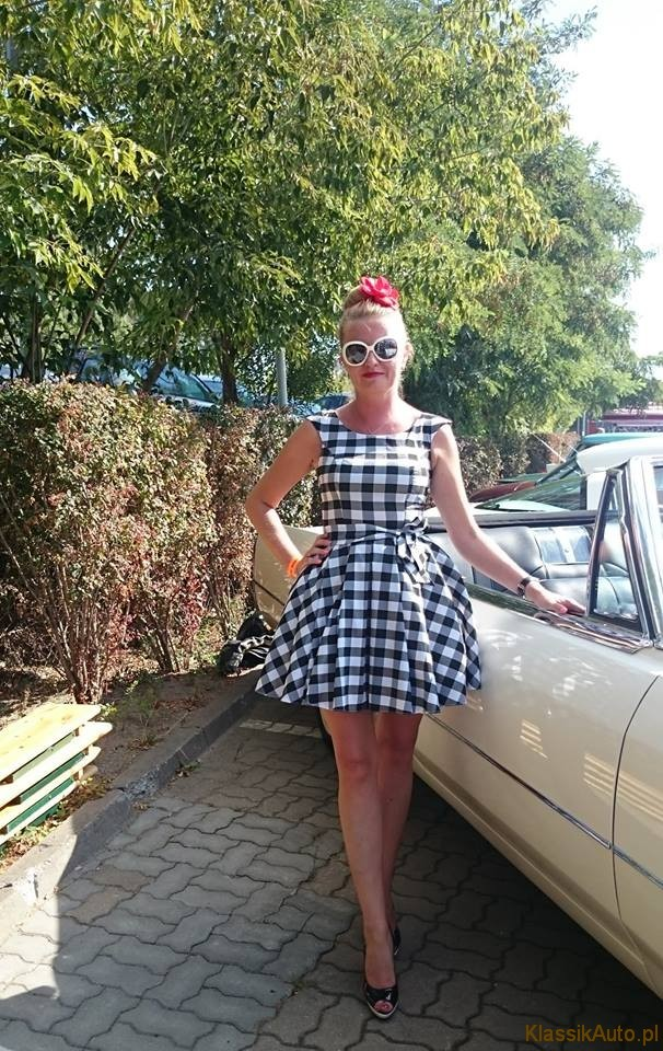 Women Cadillac (6)