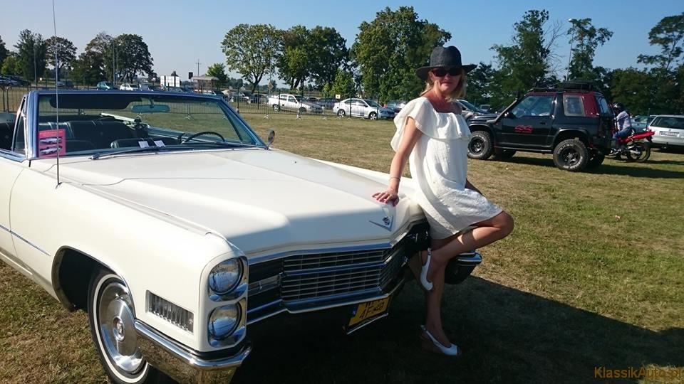 Women Cadillac (7)