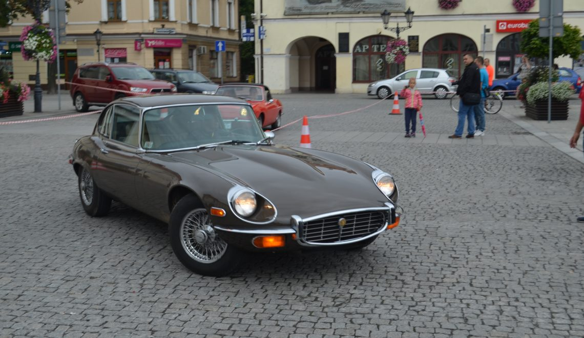 Jaguar E-type seria 3
