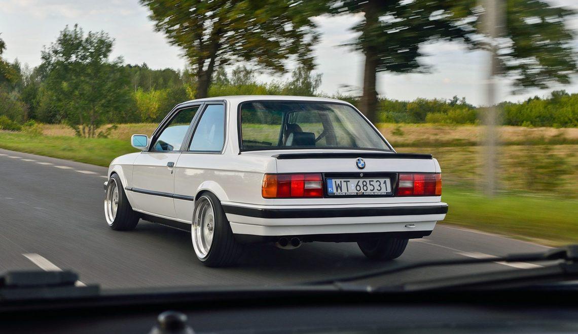 Power: BMW E30