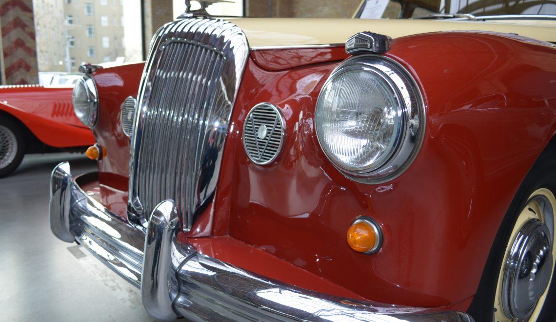 Majestatyczny z pięknymi detalami: Daimler Majestic Major V8