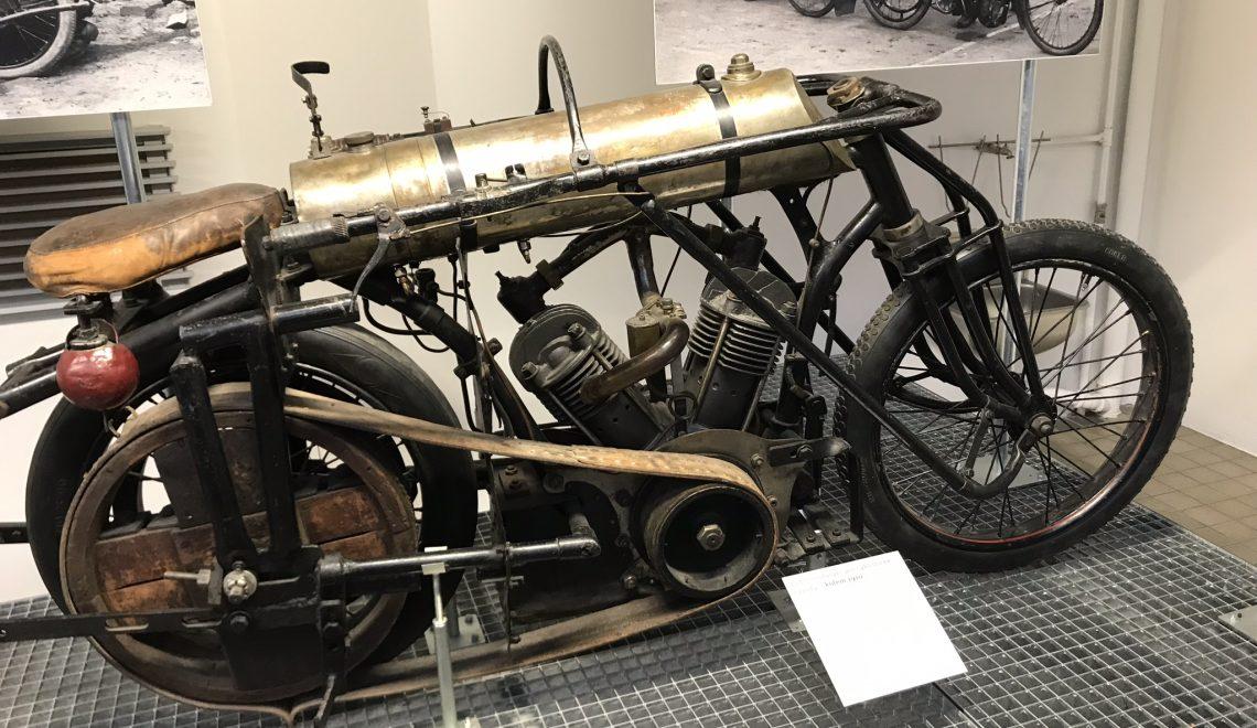 Motocykl, który rozrzedzał powietrze