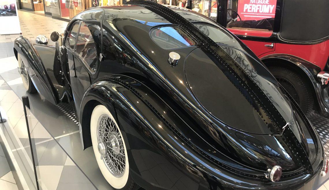 Bugatti T57SC Atlantic, dlaczego jest nitowany?