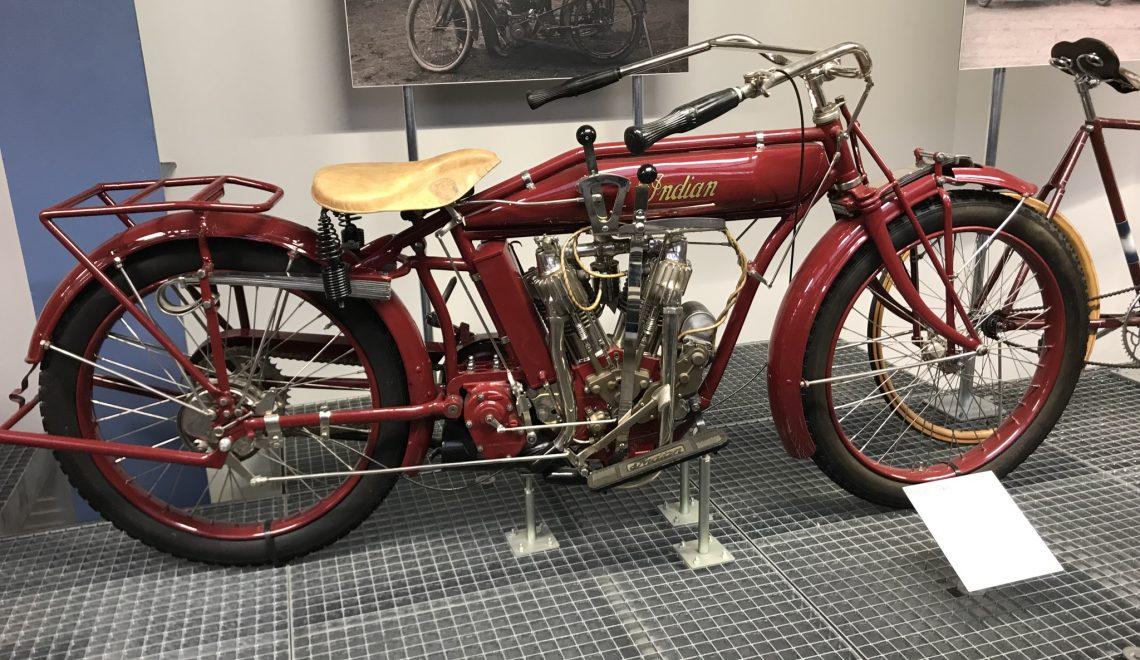 Retro bike: Indian, 1915