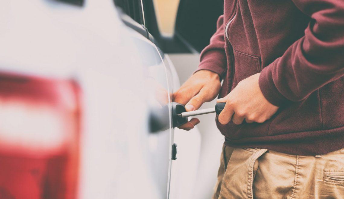 Jak ochronić swój samochód przed kradzieżą?