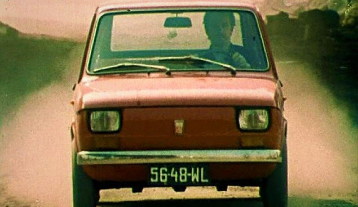 """5 najciekawszych samochodów z serialu """"Czterdziestolatek"""""""