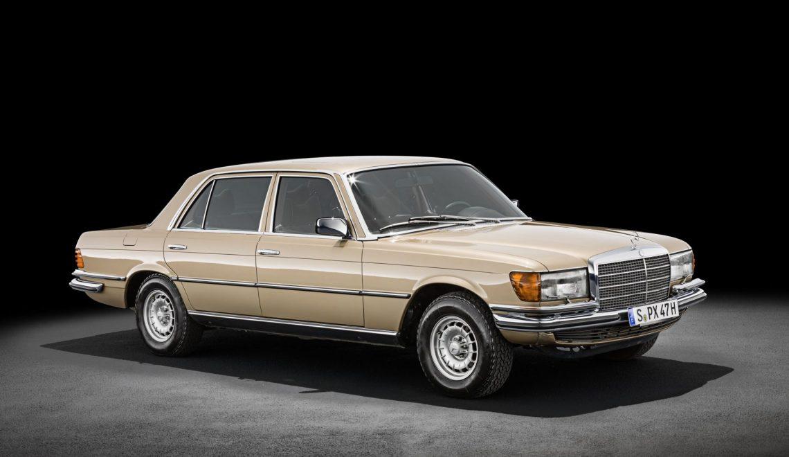 Najwyższa klasa: 45 lat temu zadebiutował Mercedes-Benz 450 SEL 6.9